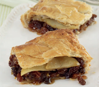 Pear and Mincemeat Pie