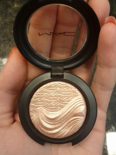 MAC Extra Dimension Eye Shadow in Sweet Heat