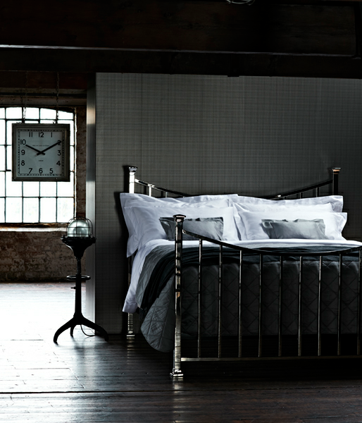 "dark bedrooms in the july issue of ""house and garden"" ♥ Тъмни"