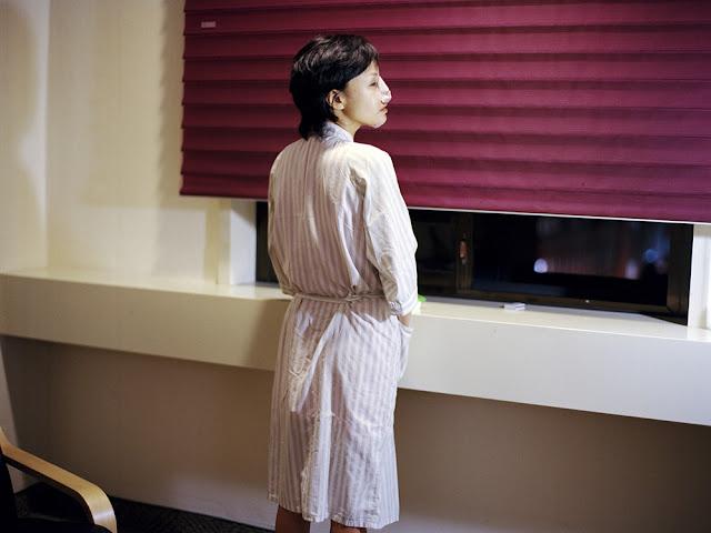 Chica coreana tras someterse a una rinoplastia
