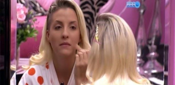 """Dona Clara, a senhora é loura, mas não é Poly"""", ironiza """"voz"""" do """"BBB"""""""