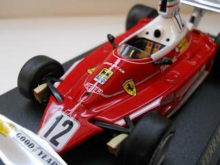 colección de Ferrari coches a escala