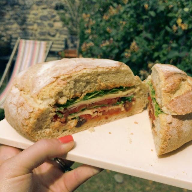 A picnic loaf