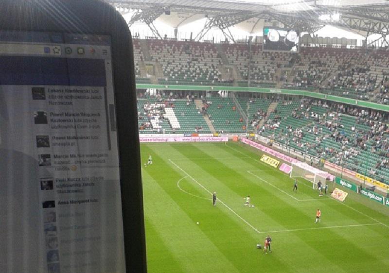 Media społecznościowe stają się nieodłącznym elementem konsumowania widowiska sportowego - fot. Tomasz Janus/sportnaukowo.pl