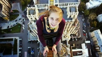 10 selfies που τραβήχτηκαν λίγα δευτερόλεπτα πριν από το θάνατο [photos]