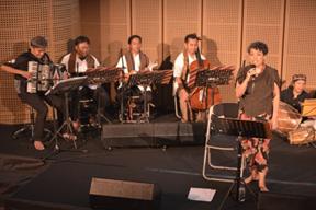 Kelompok musik adalah salah satu organisasi nonpemerintah
