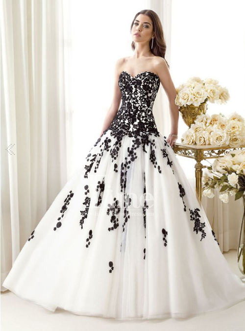 sweetheart black and white wedding dress
