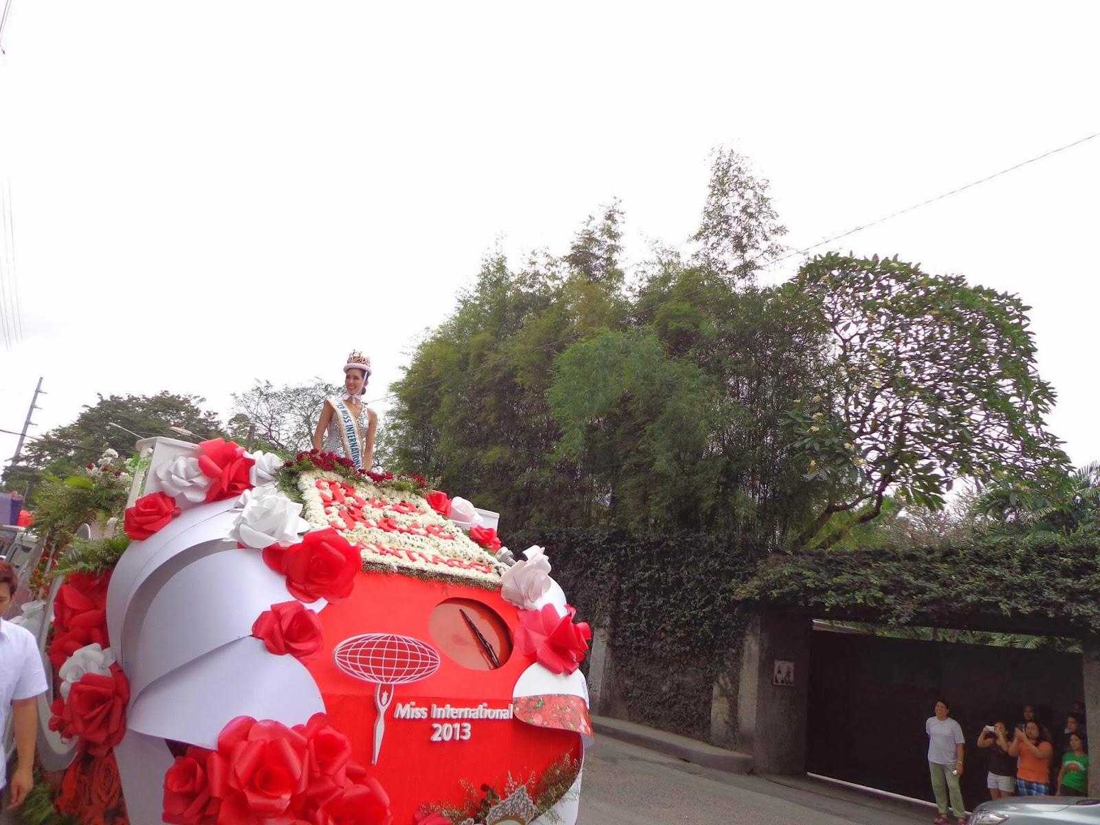 Bea Santiago homecoming parade