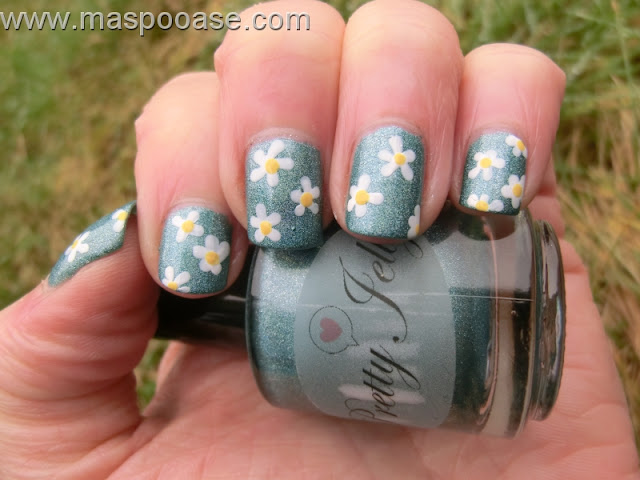 Pretty_Jelly_Diamond_Stealer_Nailart