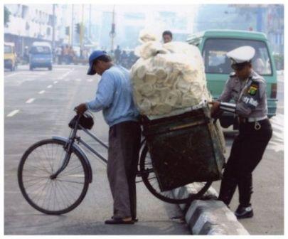 Siapa Bilang Polisi Bukan Sahabat..