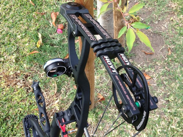 Compound Bow Package with Accessories