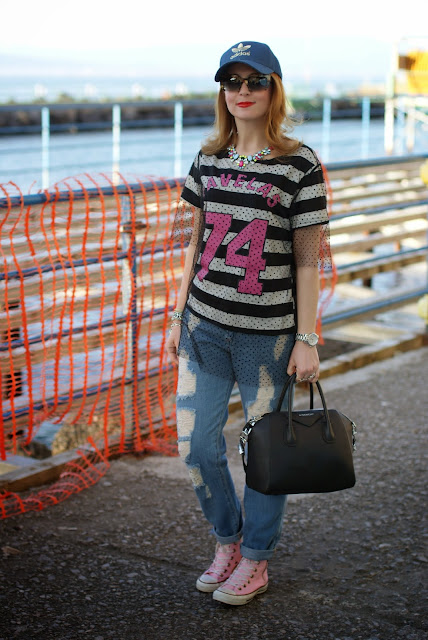 Kilibbi t-shirt, tulle on t.shirt, pink converse shoes, Fashion and Cookies, fashion blogger