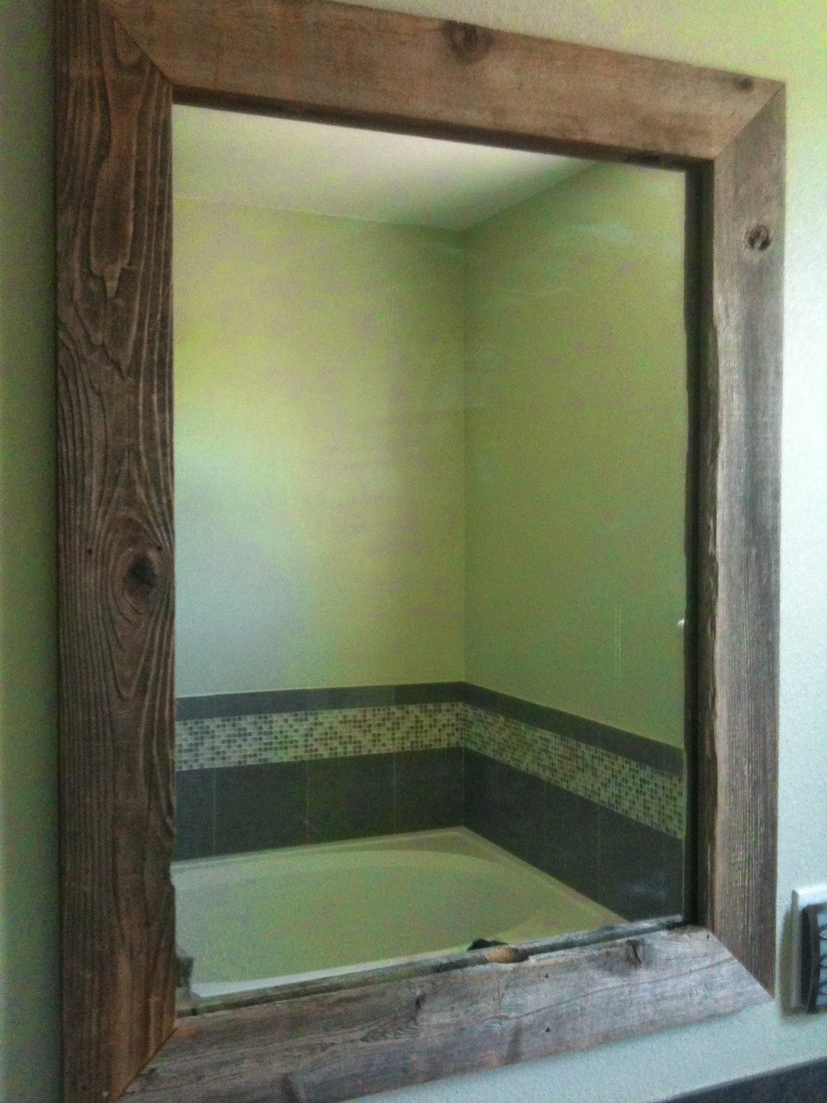 Oma Socks: Our New Barnwood DIY Mirrors