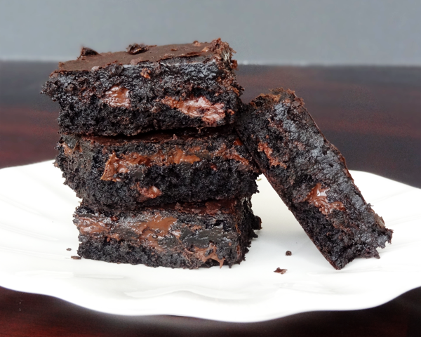 FUN RECIPE WORLD : How To Make Moist And Chewy Brownies