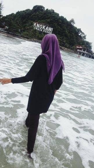 L.O.V.E BEACH