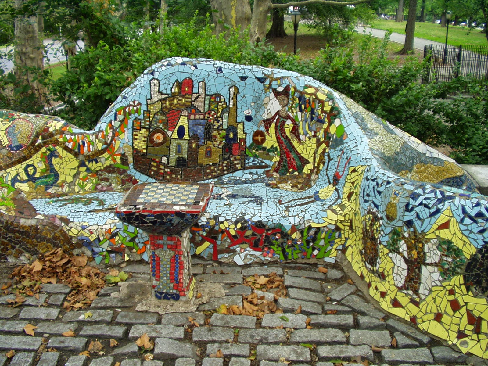 Gaudi in new york a broken tile mosaic masterpiece in riverside gaudi in new york a broken tile mosaic masterpiece in riverside park dailygadgetfo Image collections
