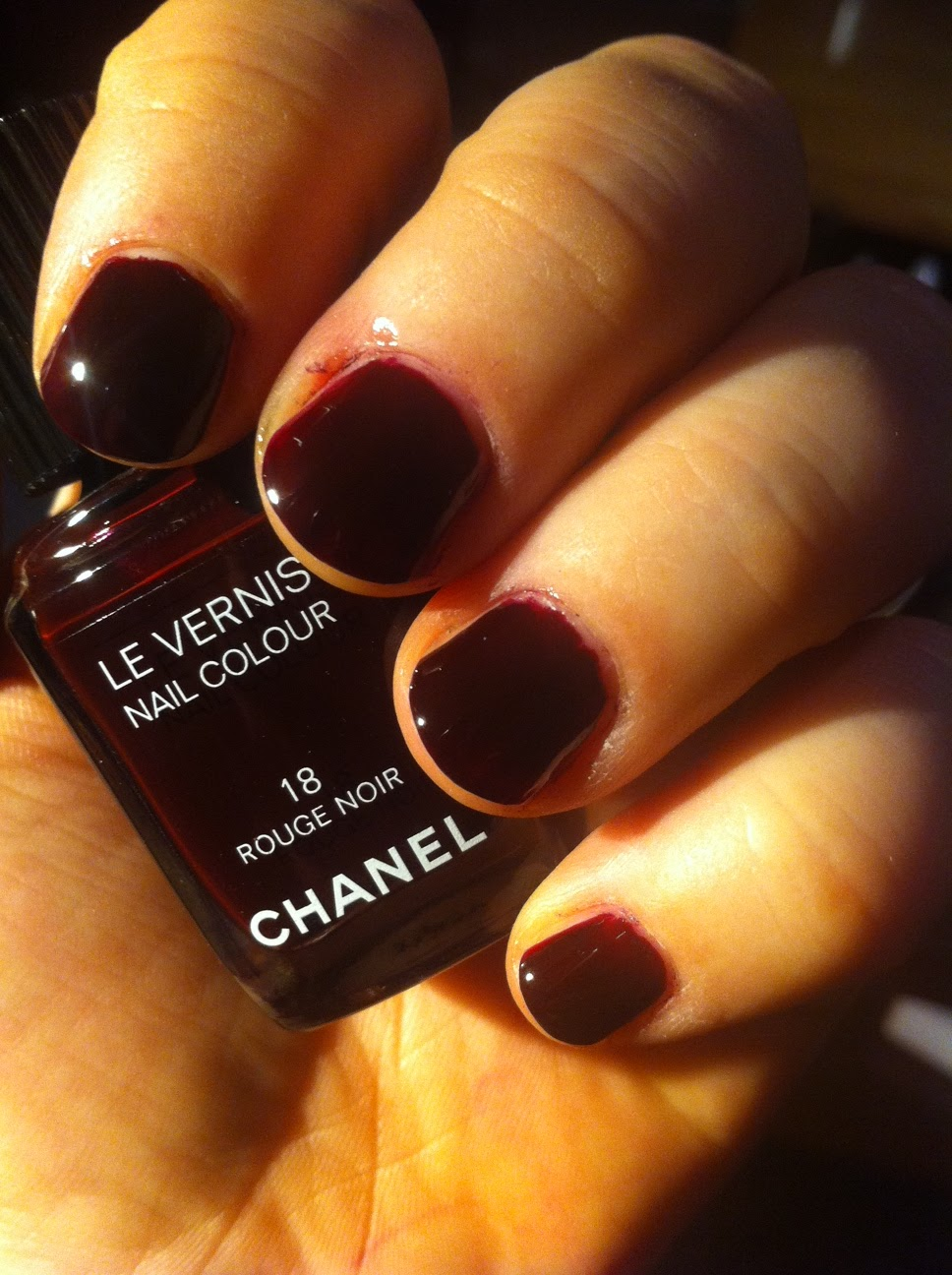 probieren geht ber studieren chanel nagellack rouge noir. Black Bedroom Furniture Sets. Home Design Ideas