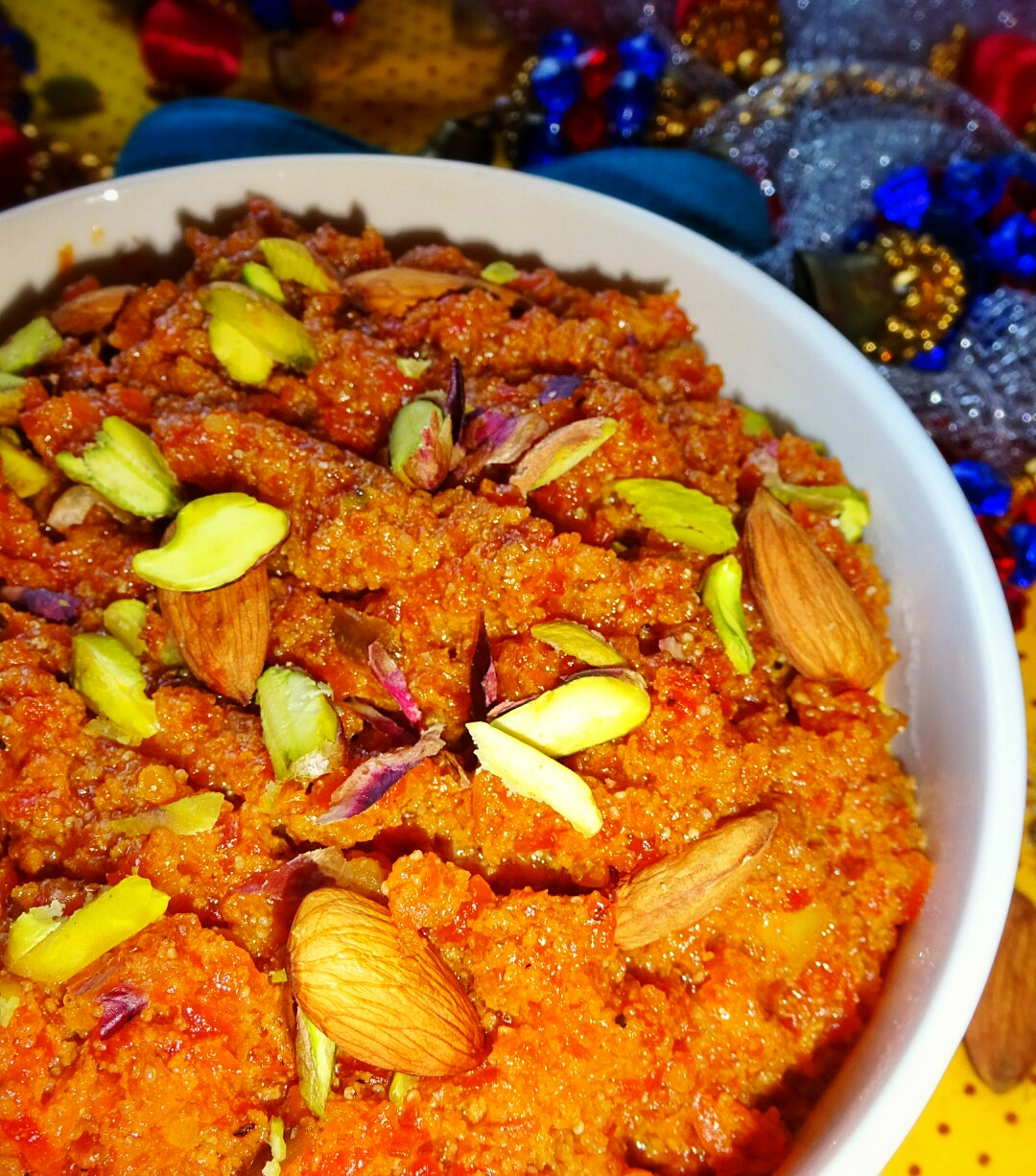 Veg indian good food recipes gajar ka halwa how to prepare gajar ka halwa carrot pudding recipe gajar ka halwa with khoya recipe gajar halwa recipe winter special indian sweet dish forumfinder Images