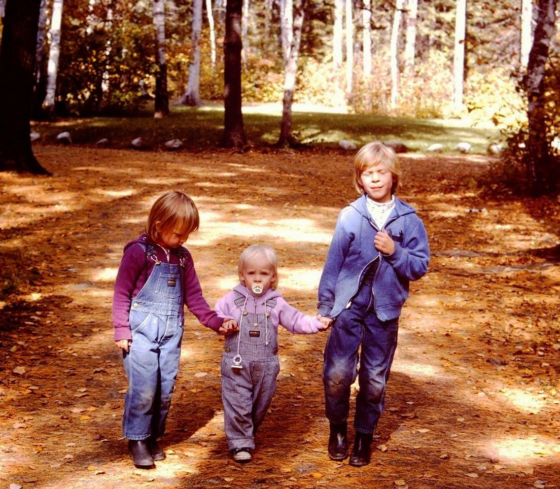 sisters - 1985