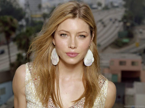 Jessica Biel Hollywood Actress HD Wallpaper-01-1440x1280