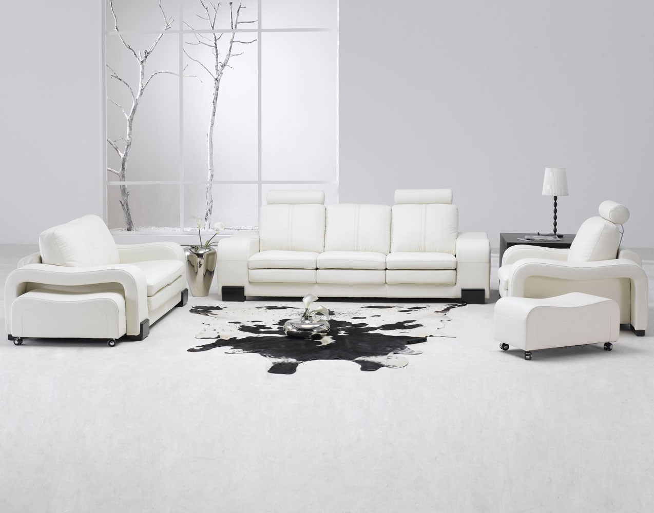 http://1.bp.blogspot.com/-KXkPJsiECVU/T0JppVLJU6I/AAAAAAAAAEY/n7qbrLzK-TE/s1600/Modern-minimalist-living-room-interior-design.jpg