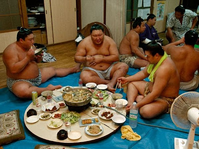 сумо питание,толстые японцы