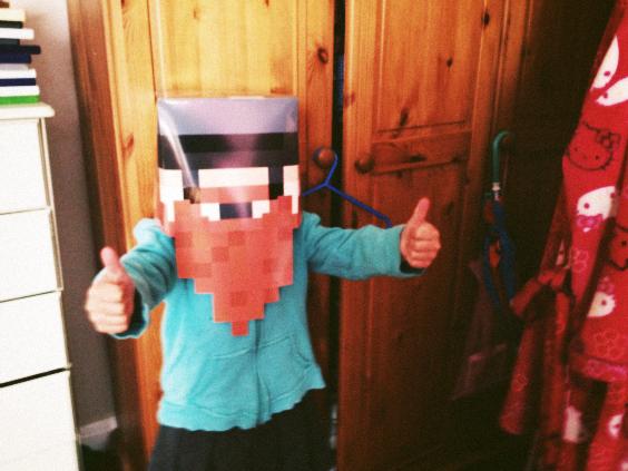 Create a Yogscast Honeydew mask