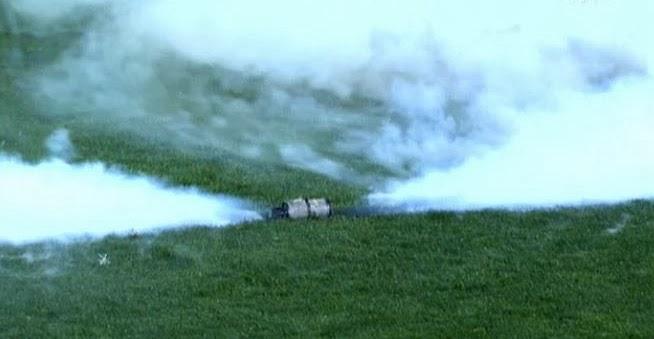 Gas lacrimógeno sobre el césped del Madrigal