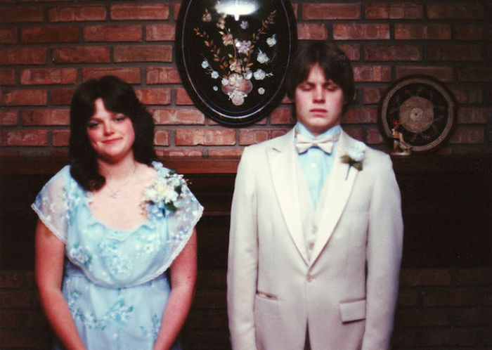 Great Pictures Awkward Prom Photos From The 90s