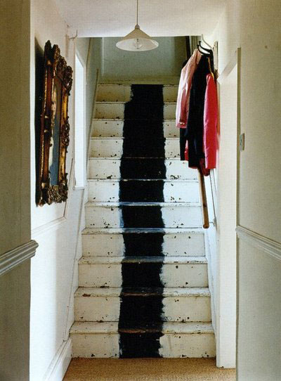 Beebee grace painted stairs - Escalier gris et blanc ...