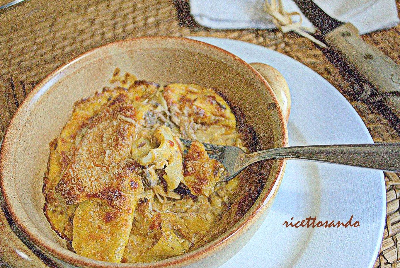 pasta al gratin con ragù di pollo