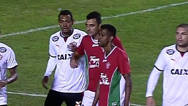 Boa Esporte só empata diante do caseiro Esporte Clube Vitória pela SÉRIE B