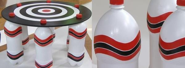 como hacer una mesa con botellas de plastico recicladas