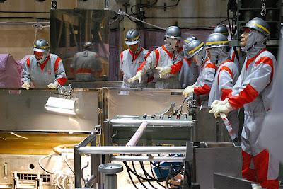 Los liquidadores de Fukushima, héroes que sufrirán por siempre las secuelas del desastre nuclear.