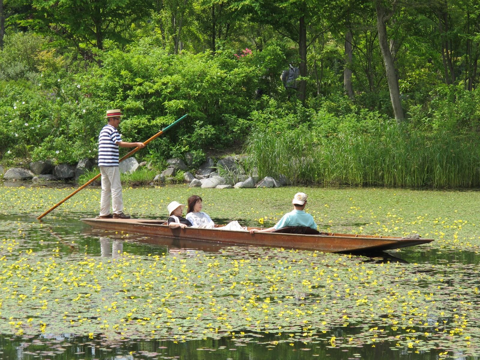 6月23、24日にはパンティングボートによる水上ツアーや ガーデン各所でグラスハープの演奏が行わ