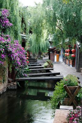 Calles de Linjiang en el amanecer. Yunnan.