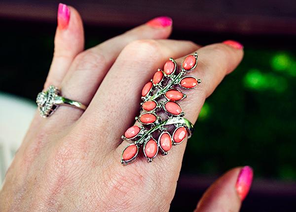 coral leaf ring