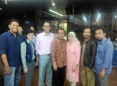Foto bersama dengan pak Praktikno