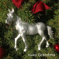 http://xoxograndma.blogspot.com/2015/11/make-super-simple-horse-ornament.html