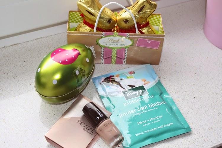 http://rouge-au-chocolat.blogspot.de/p/easter-giveaway.html