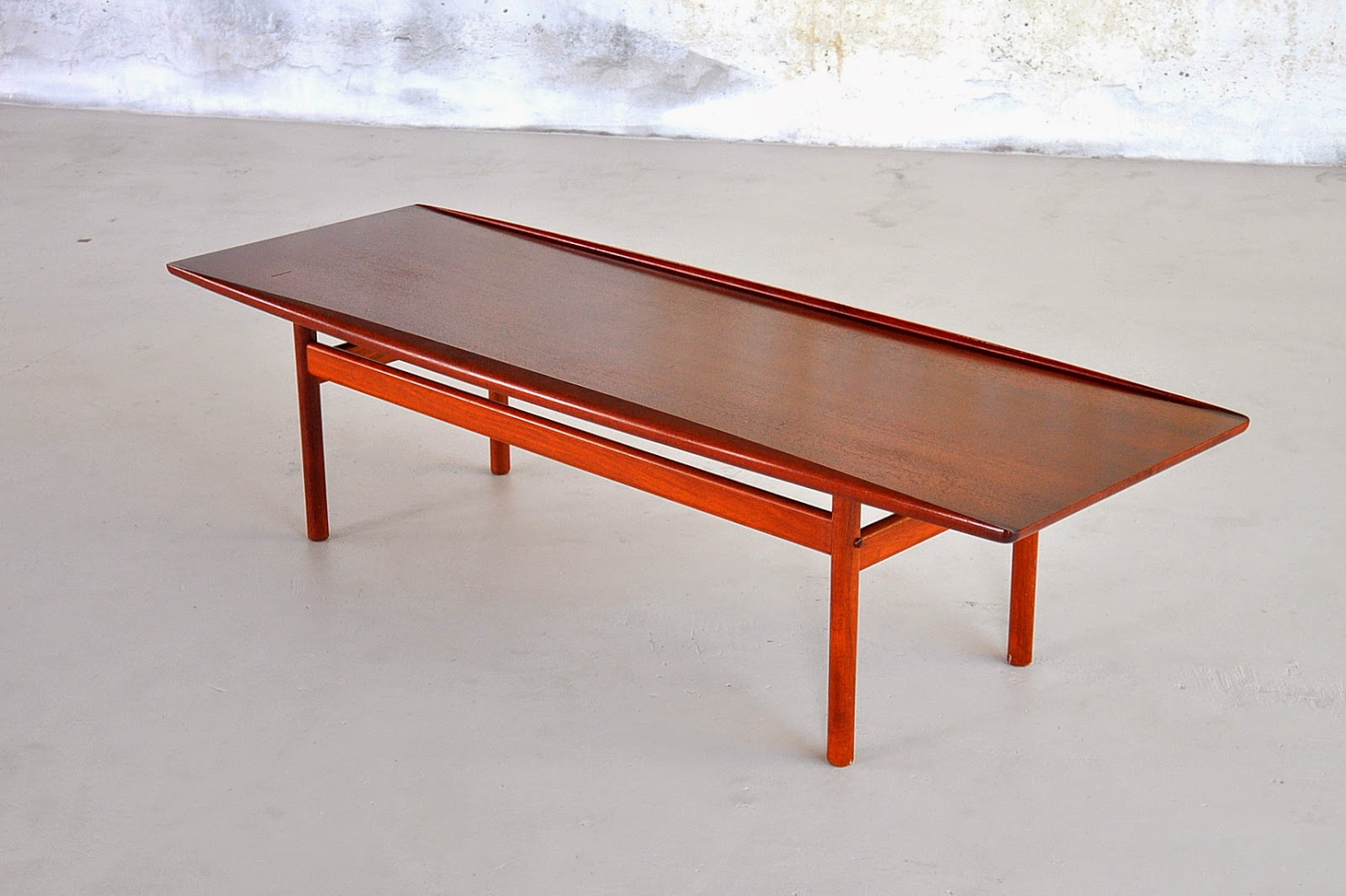 Select Modern Grete Jalk Surfboard Coffee Table