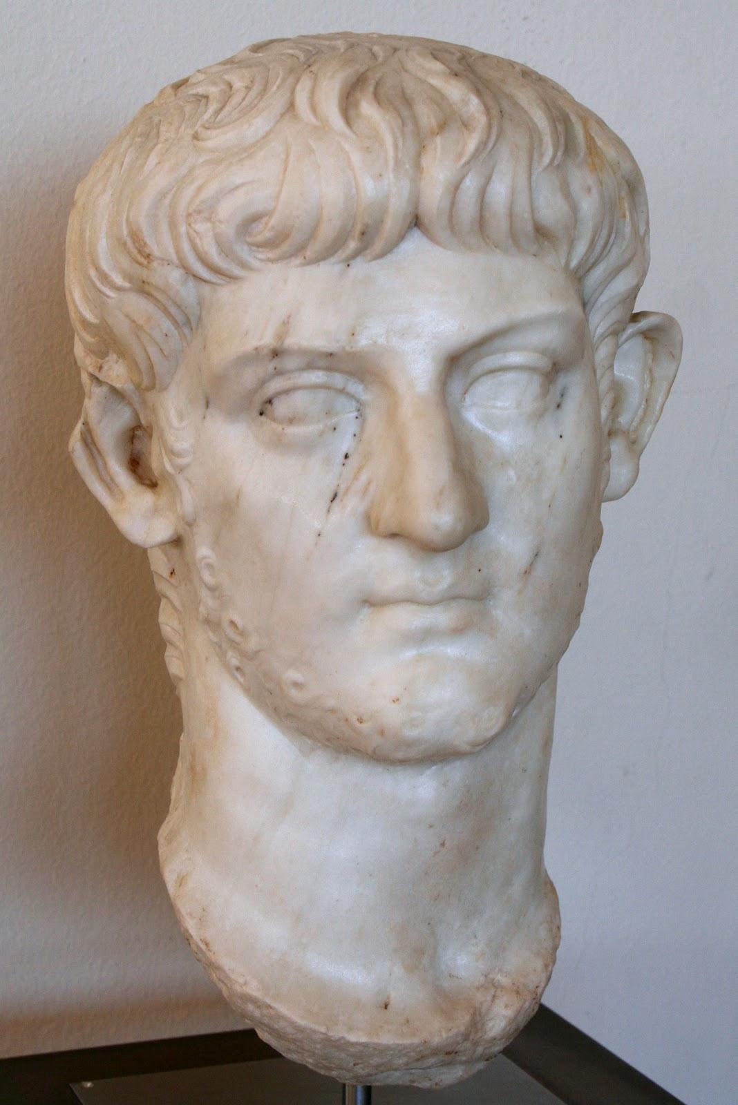 http://1.bp.blogspot.com/-KZQ0rjFYR-U/T24ZnKrkaaI/AAAAAAAAD2g/vPEwcHxJDK8/s1600/Nero+Julius+Caesar+Son+of+Germanicus.JPG