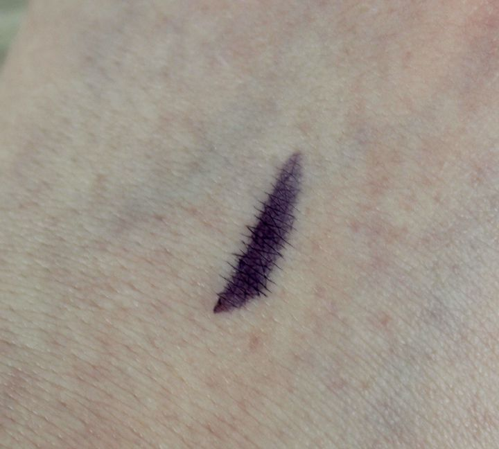 Starlooks Luxe Longwear Eyeliner in Plum swatch