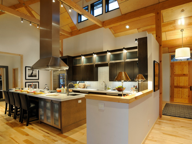 Unexpected interiors hgtv dream home 2011 in vermont for Kitchen cabinets vermont