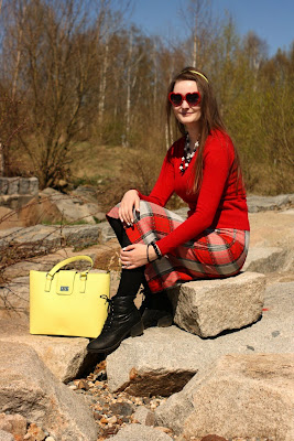 quaintrelle, georgiana, quaint, outfit, ootd, red, yellow, Orsay bag