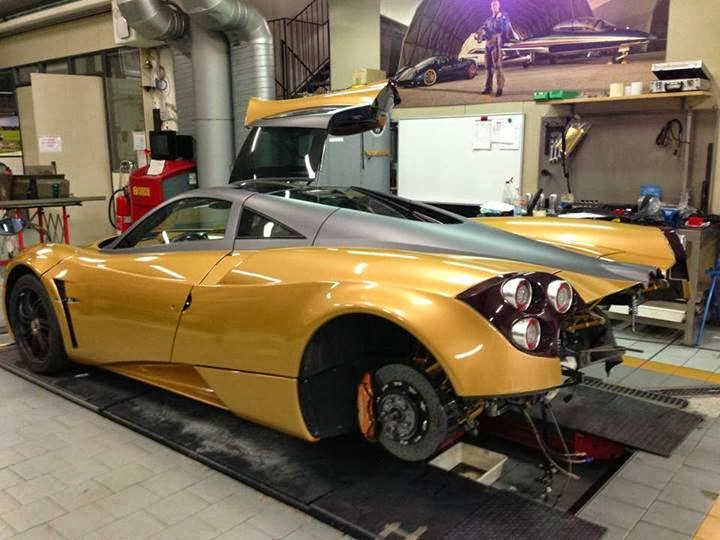 Prototype 0: Pagani Huayra Gold Edition Revealed