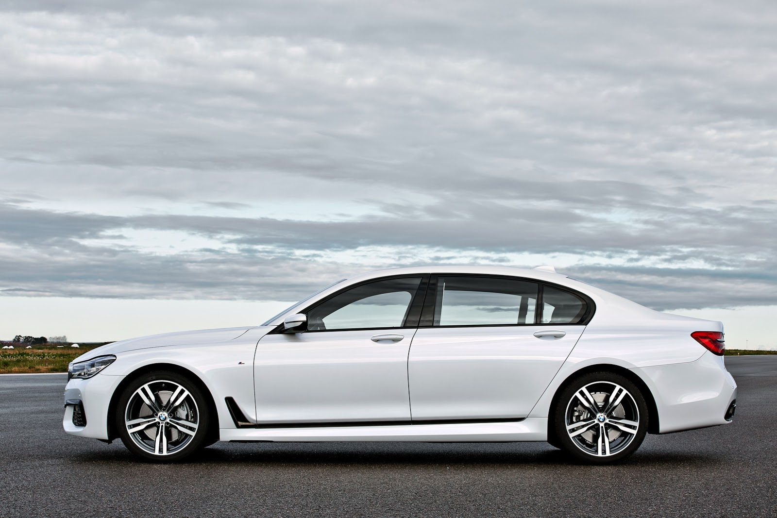 2016-BMW-7-Series-New41 புதிய பிஎம்டபிள்யூ 7 சீரிஸ் அறிமுகம்