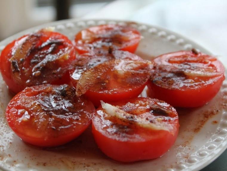 Tomates com Páprica e Cebola (vegana)
