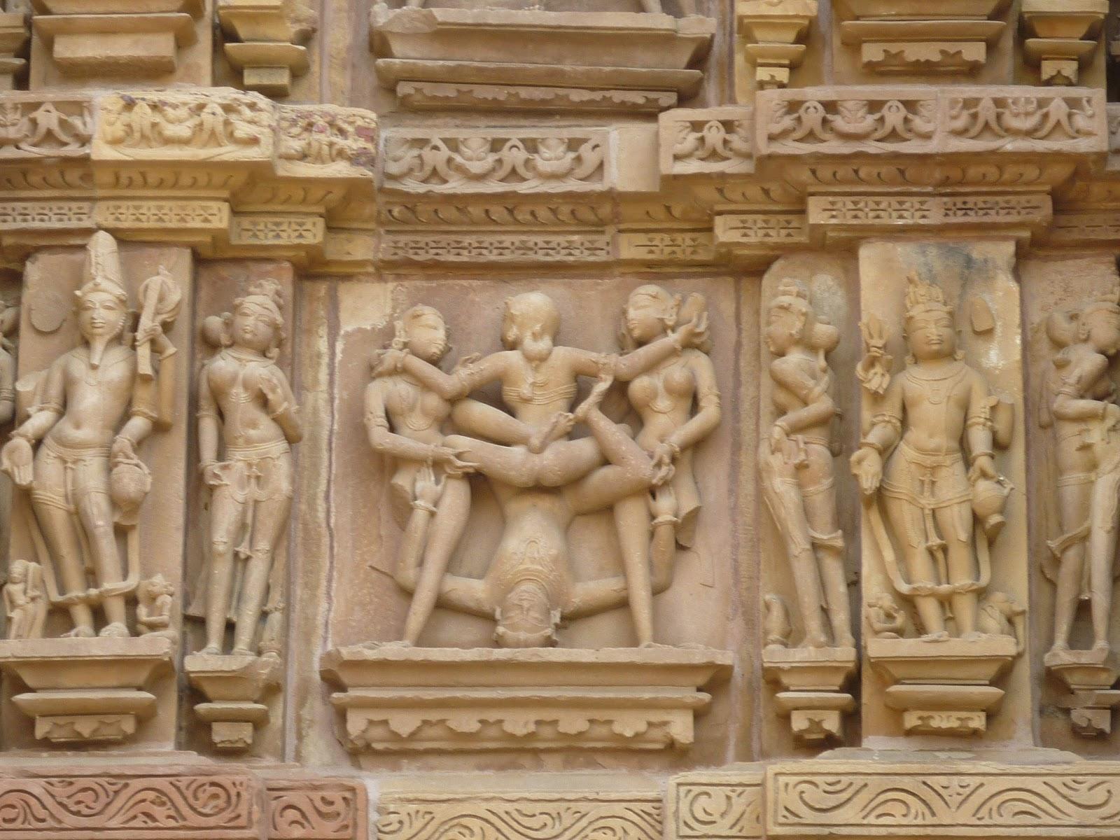 Khajuraho e i templi del kamasutra for Figure del kamasutra