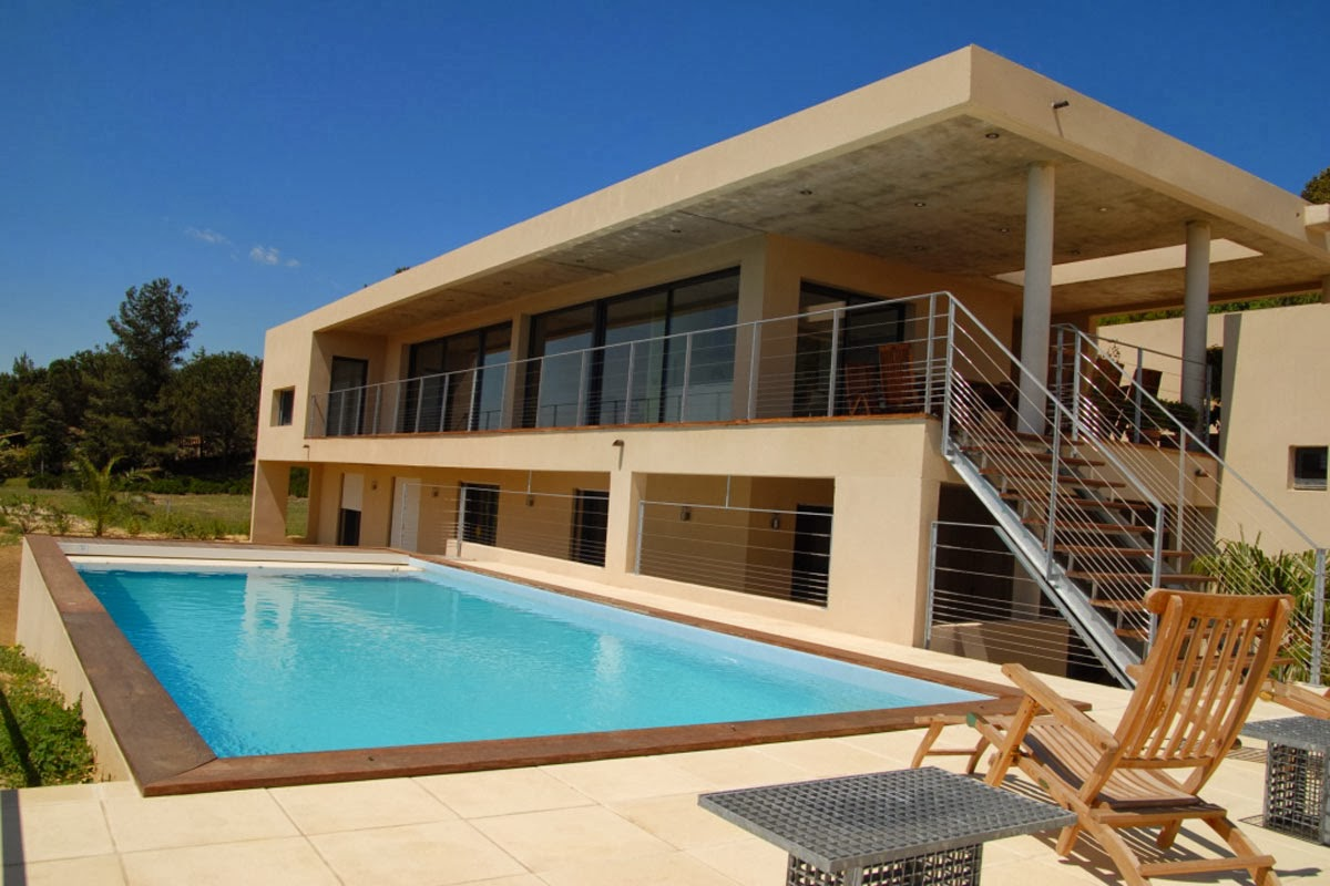 Modern Holiday Villa in Provence for rent